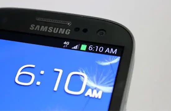 Conexión a internet por 4G en teléfono celular
