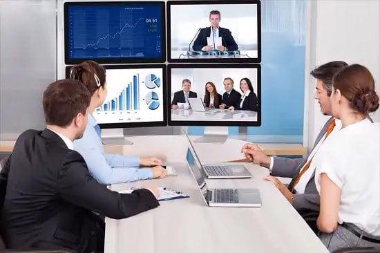 Grupo de trabajo en videoconferencia